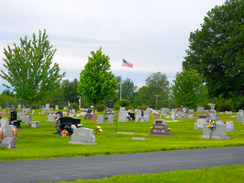 Overview of the Belton Cemetery